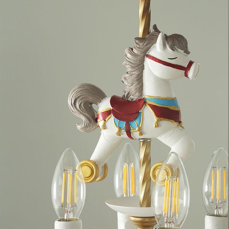 Đèn chùm hình con ngựa