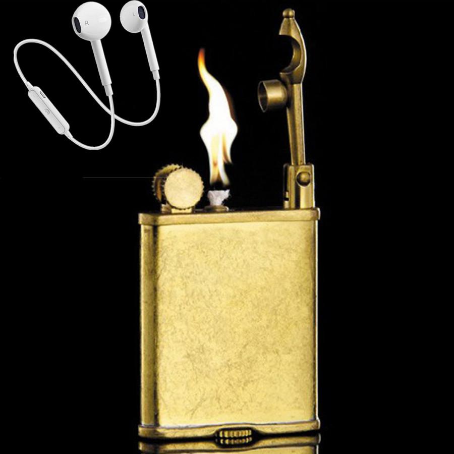 Combo Hộp Quẹt Bật Lửa Xăng Đá XD-06 Chất Liệu Đồng Nguyên Khối + Tặng Tai Nghe Bluetooth Cảm Ứng Cao Cấp (Màu Ngẫu Nhiên)