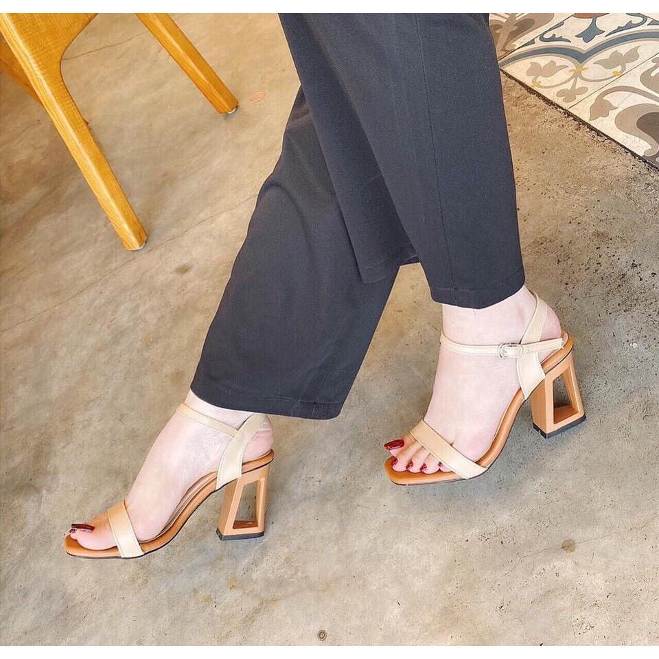 Giày cao gót nữ hỡ mũi, giày sandal quai ngang gót khoét lỗ cao 6p, form chuẩn màu đen