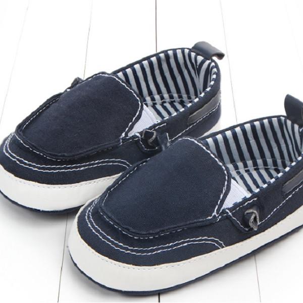 Giày tập đi slip on
