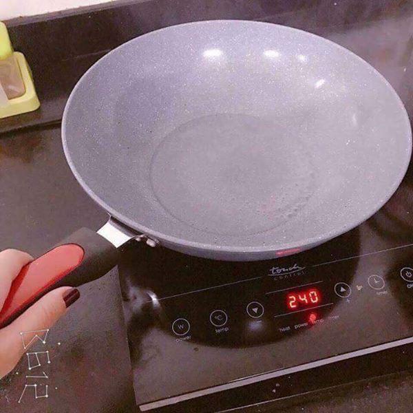 Chảo Đá Sâu Lòng 32cm( dùng được bếp từ)