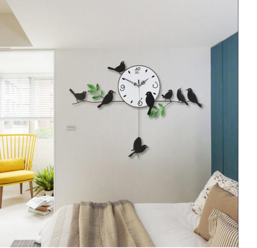 Đồng hồ treo tường chim non đậu cành cây