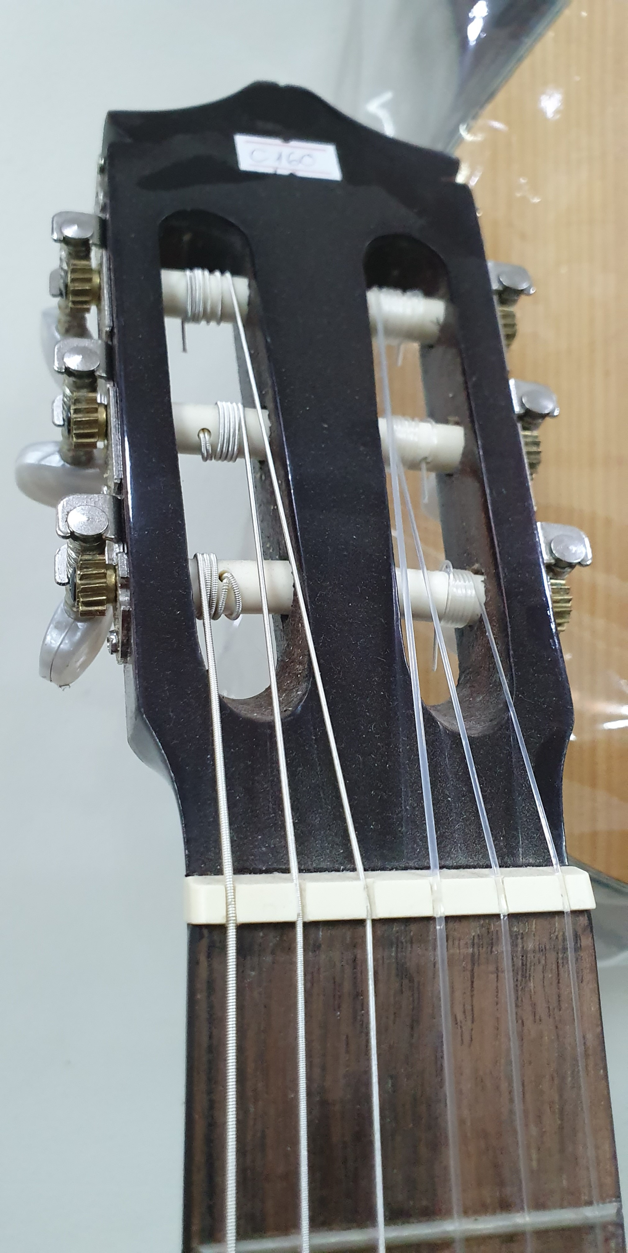Đàn guitar Classic MKC165, thùng tròn, vân gỗ, size 4, kèm bao da dầy, bộ dây
