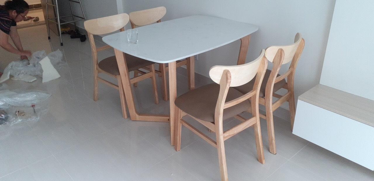 Bộ bàn ăn 4 ghế TAMY
