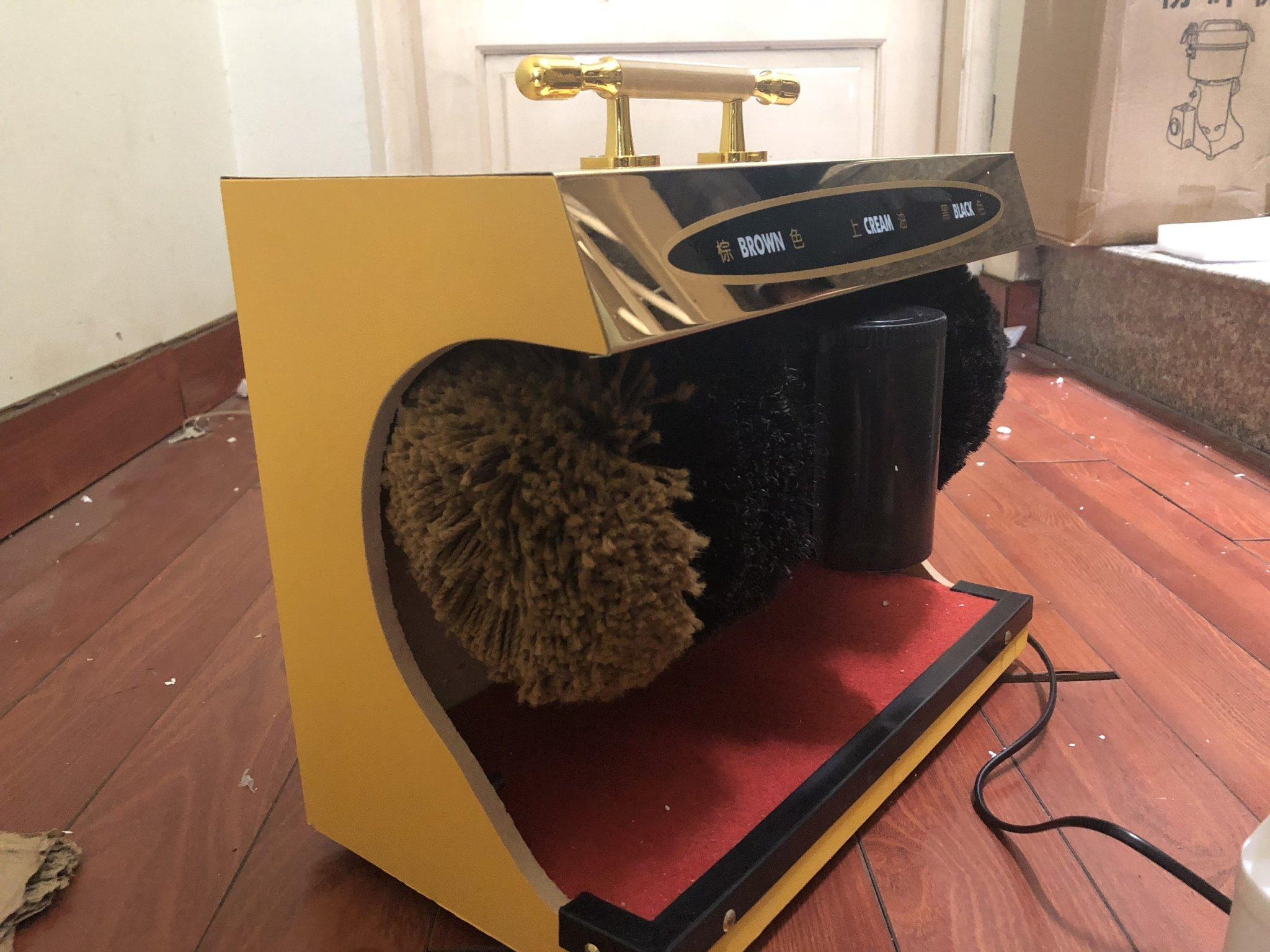 Máy đánh giày siêu sang cho văn phòng