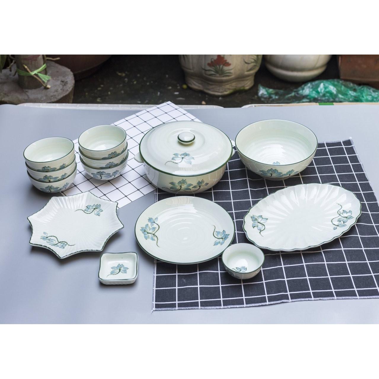 Bộ sản phẩm đồ ăn vẽ hoa sen gốm sứ Bát Tràng( 13 món)