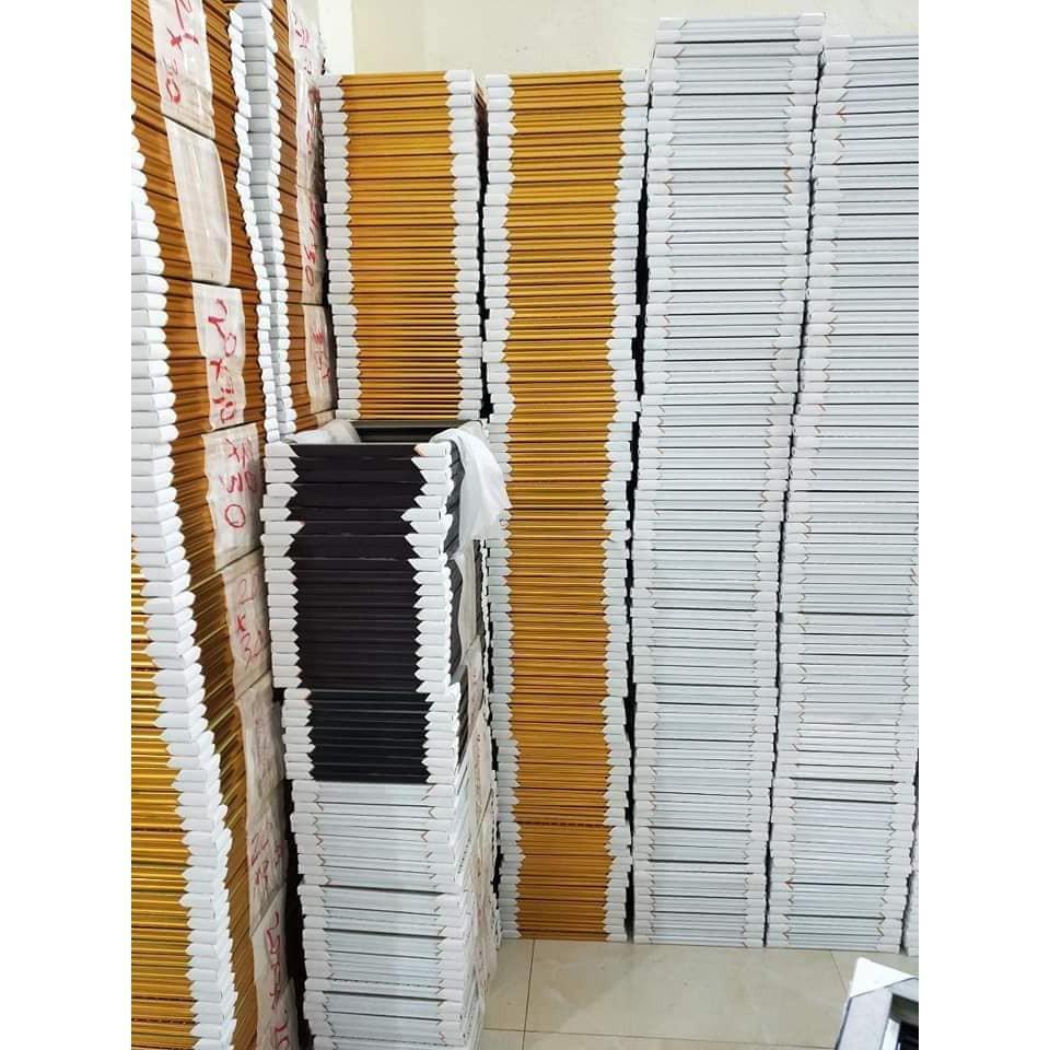 Khung hình treo tường không chân A6(10x15), B6(13x18), A5(15x21), bằng khen A4(21x30) - Có in ảnh