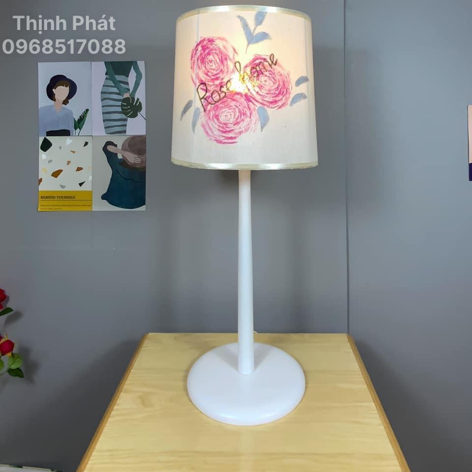 Đèn gỗ ngôi nhà hoa Hồng , thiết kế trong bộ sưu tập vườn hoa toả sáng chất liệu gỗ tự nhiên