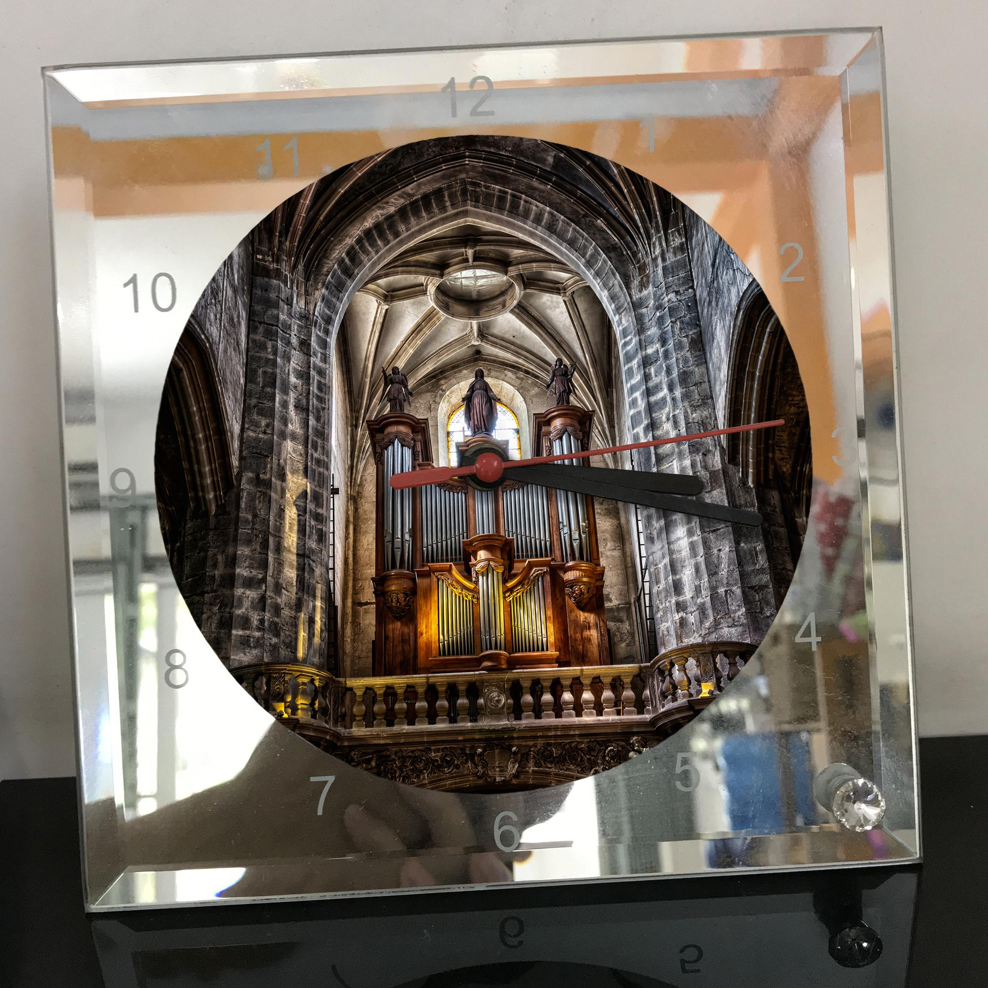 Đồng hồ thủy tinh vuông 20x20 in hình Cathedral - nhà thờ chính tòa (87) . Đồng hồ thủy tinh để bàn trang trí đẹp chủ đề tôn giáo
