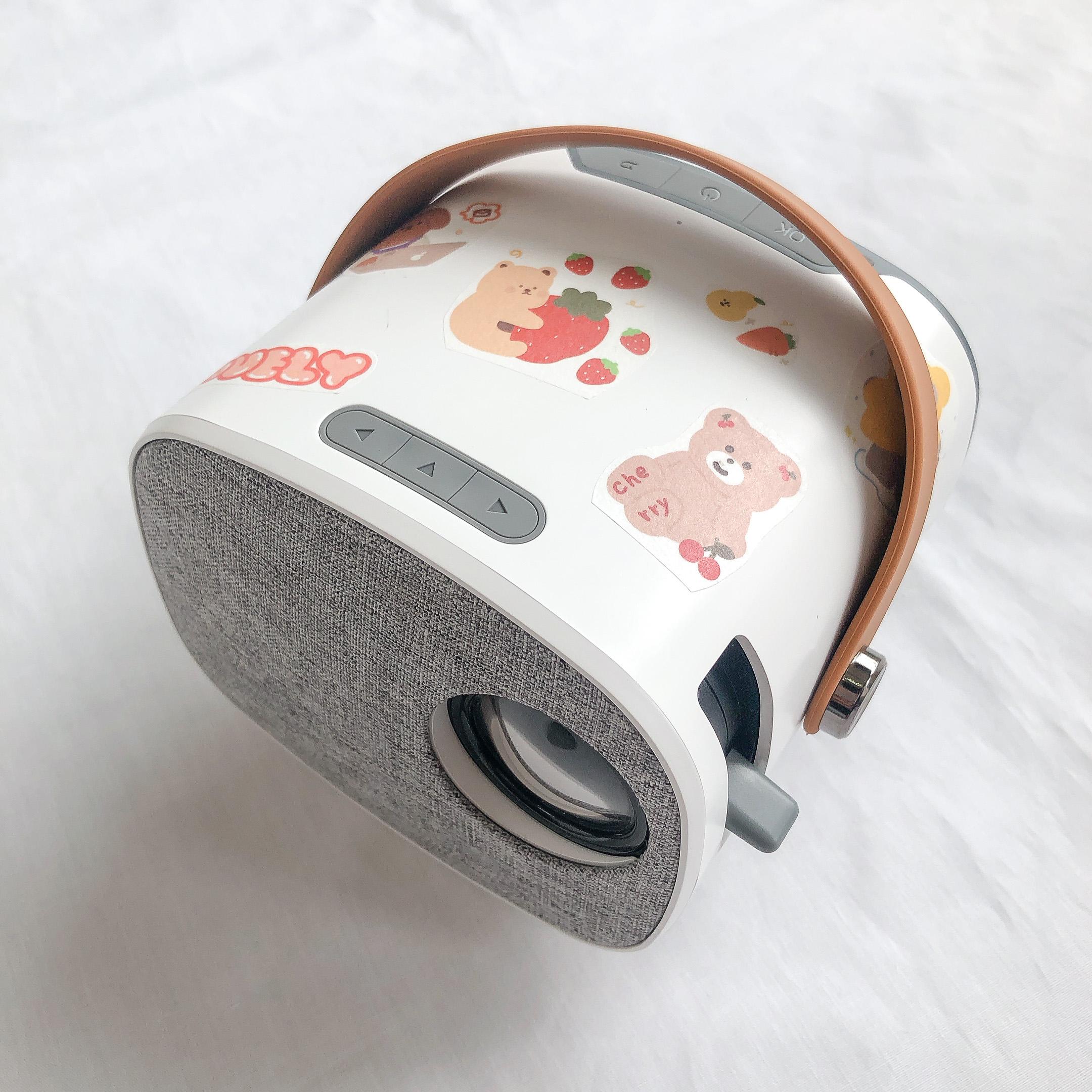 Máy Chiếu Mini Moonie LED Projector - Hàng chính hãng