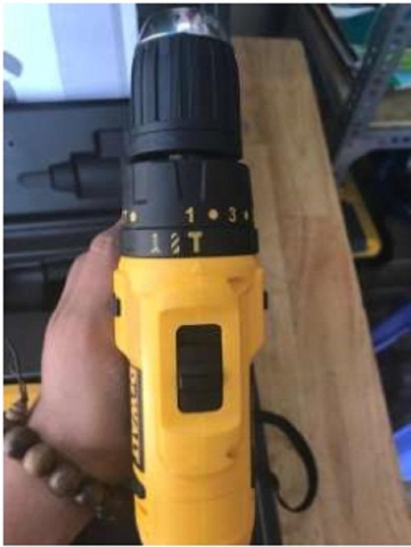 Máy khoan pin 24V 2Pin có mũi khoan