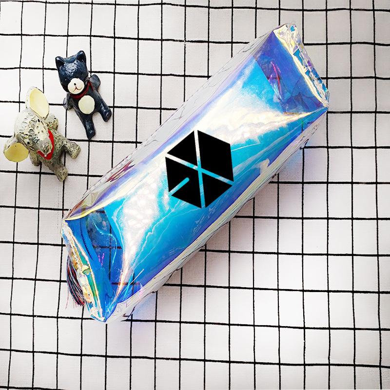 Túi bút EXO hologram đầy màu sắc