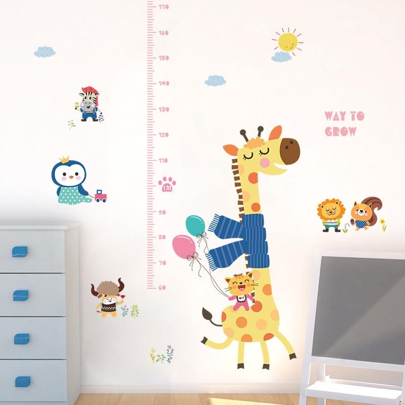 Decal dán tường hươu và bạn Thước đo chiều cao cho bé đẹp