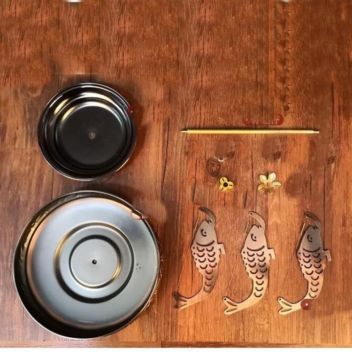 Khay thắp hương vòng hình cá chép