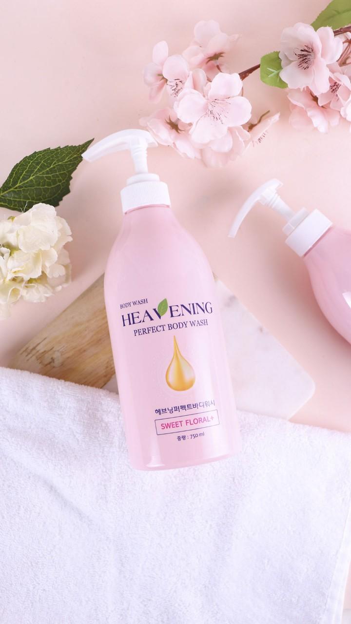 Sữa tắm dưỡng ẩm, làm trắng da Heavening Perfect