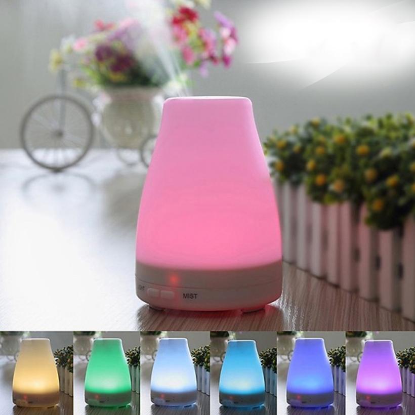 Máy Khuếch tán tinh dầu có đèn Led nhiều màu - Tặng lọ tinh dầu Quế 10ml