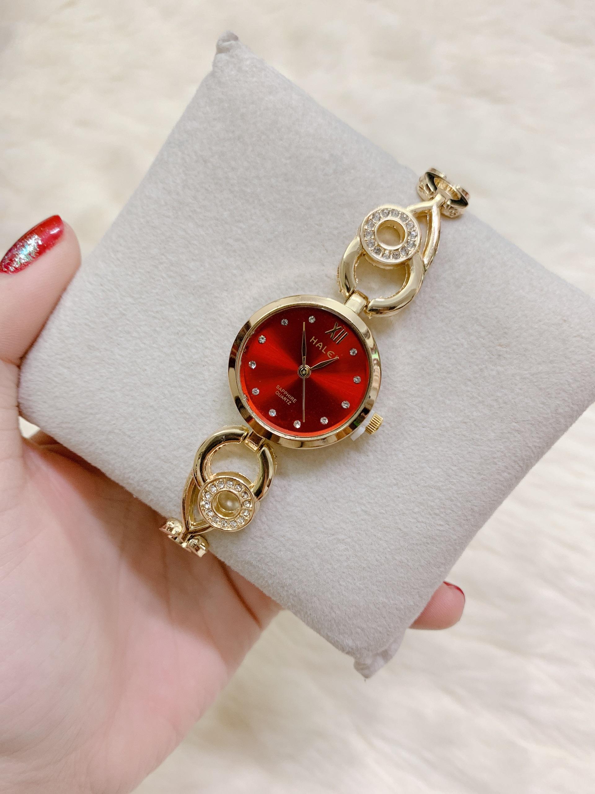 Đồng hồ nữ Halei dây lắc - Mặt đỏ ( tặng kèm móc khóa gỗ Đồng hồ 888+  + hộp chính hãng )