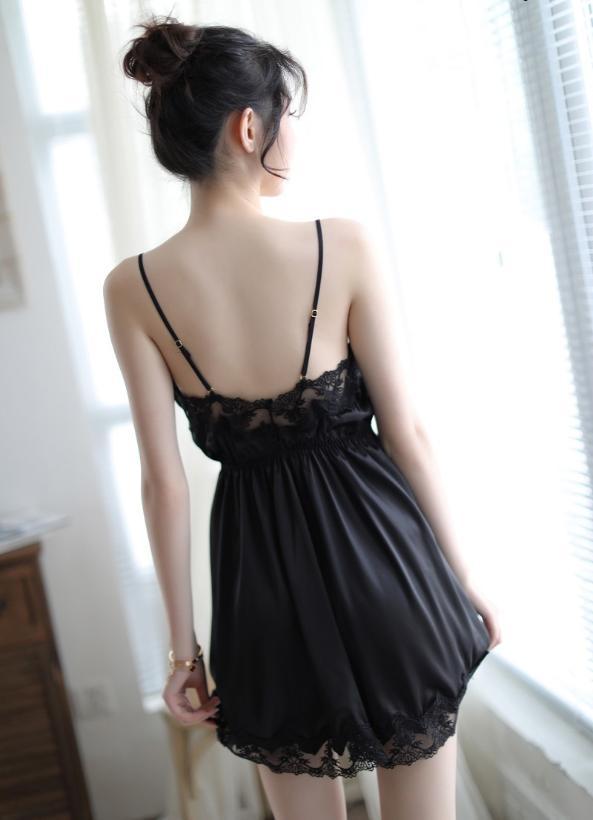 Váy Ngủ Sexy Gợi Cảm Quyễn Rũ Vải Satin Cao Cấp Mềm Mát
