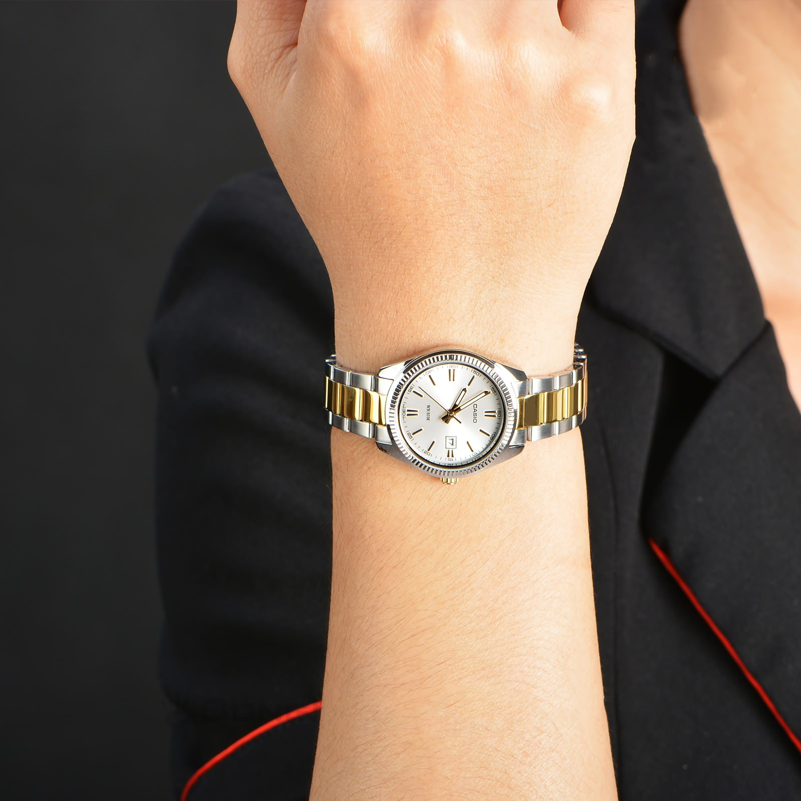 Đồng hồ nữ dây kim loại Casio LTP-1302SG-7AVDF