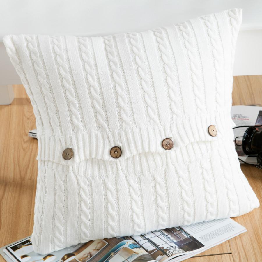 Gối vuông đan len trang trí