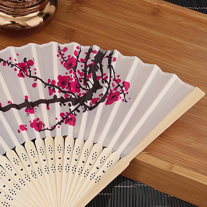 Quạt vải xếp họa tiết hoa anh đào, Quạt xếp cầm tay hoạ tiết hoa phong cách Trung Quốc trang trí sáng tạo