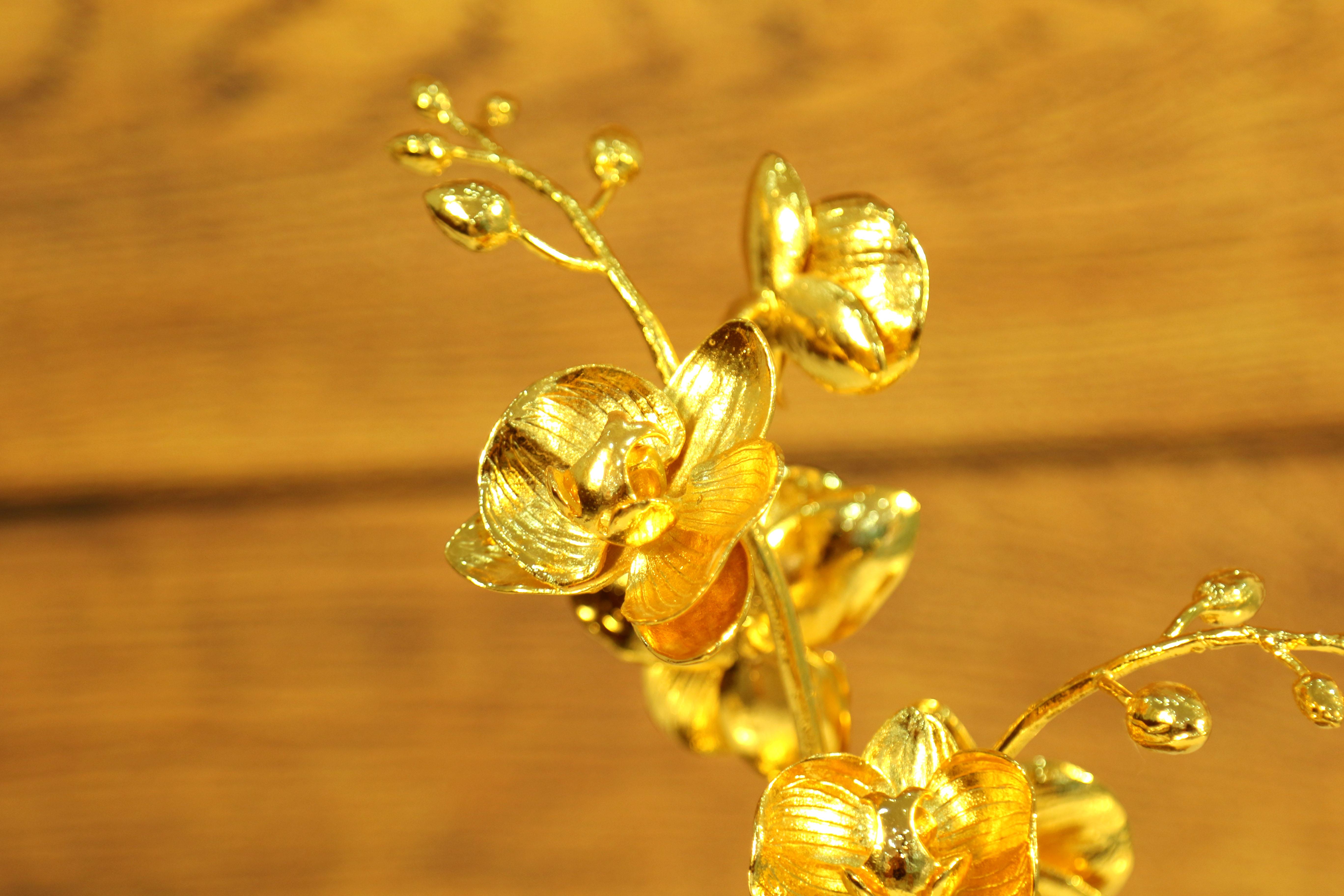 Quà tặng đối tác kinh doanh - Cây hoa lan mạ vàng 24k sang trọng