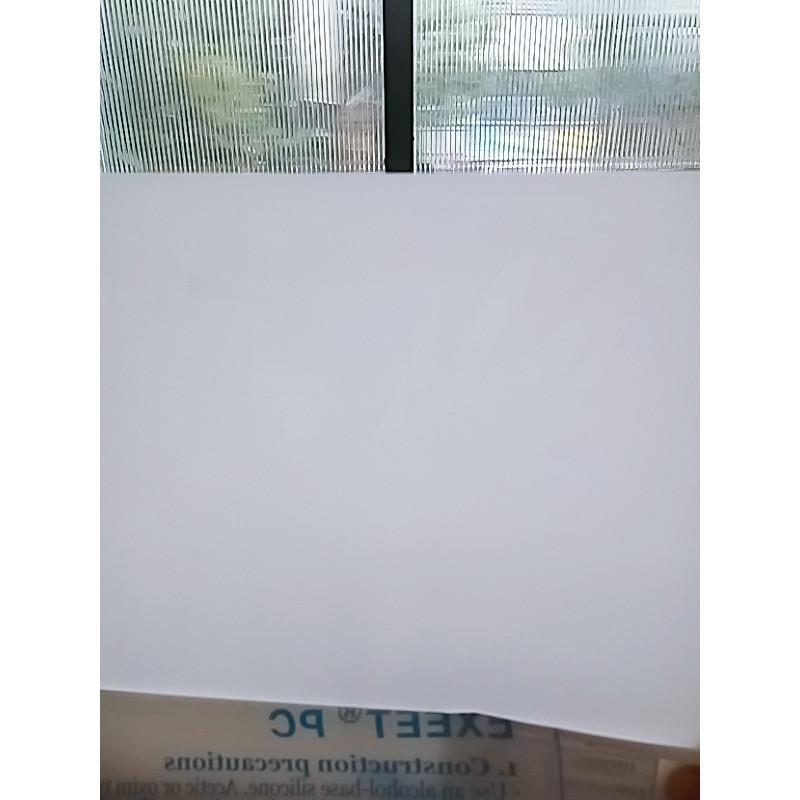 Tấm polycarbonate tản sáng LH0555E