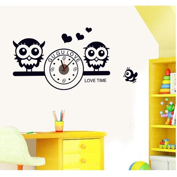 Đồng hồ treo tường kèm decal trang trí họa tiết Cú mèo AmyShop DDH002