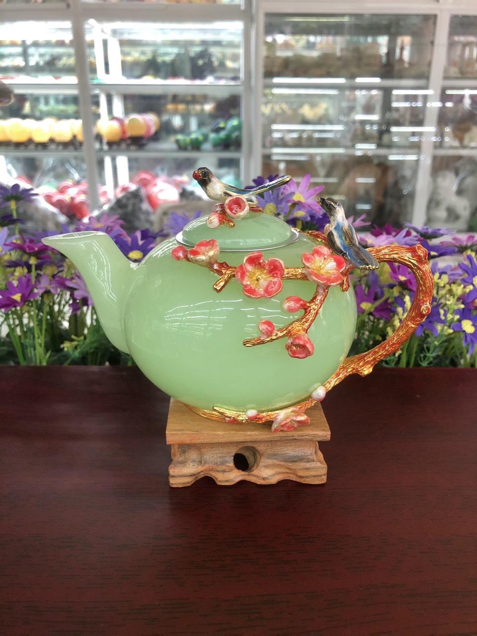 Bộ ấm trà chạm hoa mai và chim với ly chạm chữ đá ngọc cẩm thạch xanh