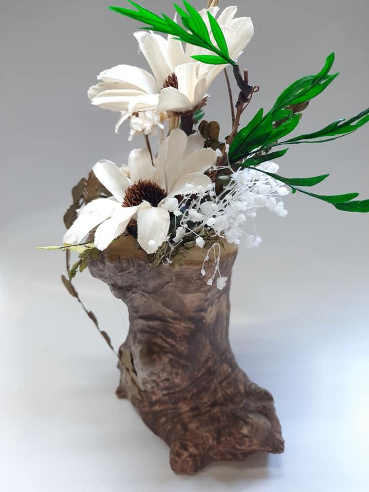 Lọ hoa khô Ban mai