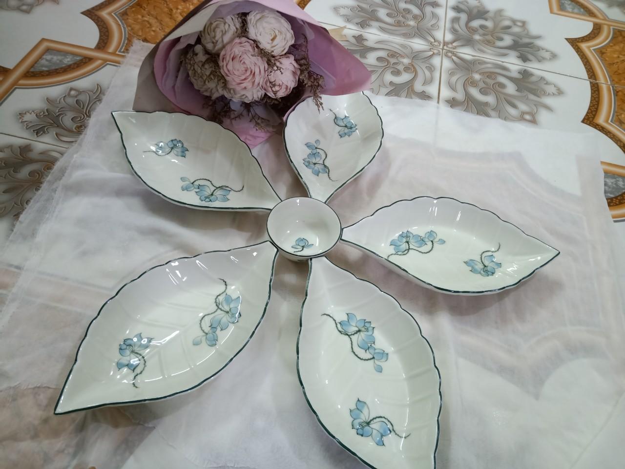 Bộ đĩa ăn vẽ hoa sen gốm sứ Bát Tràng