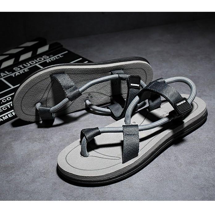 Sandal nam nữ xỏ ngón ,  đi du lịch , đi biển mẫu mới