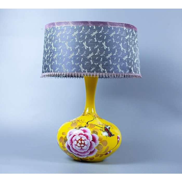 Đèn gốm vẽ tay lụa Hà Đông mùa thu hoa bướm, Đèn Gốm Sứ Bát Tràng trang trí nội thất, đèn phòng ngủ hàng chính hãng