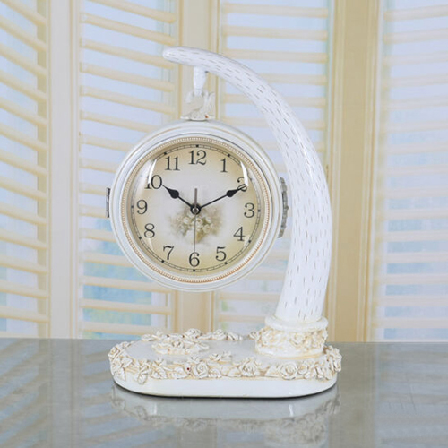 Đồng hồ để bàn 064