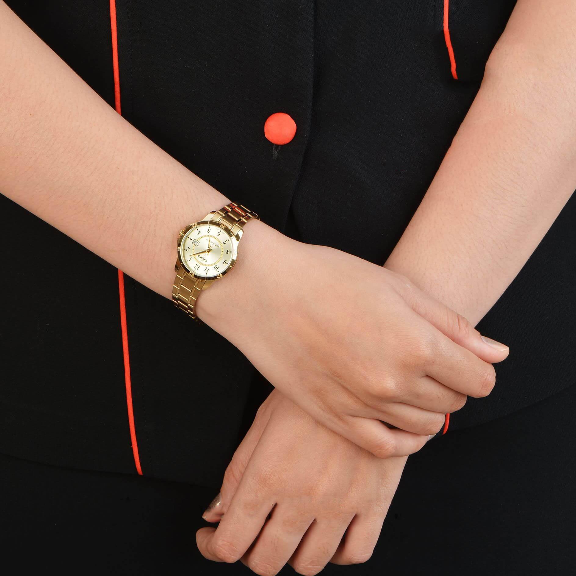 Đồng hồ nữ dây kim loại Casio LTP-V004G-9BUDF