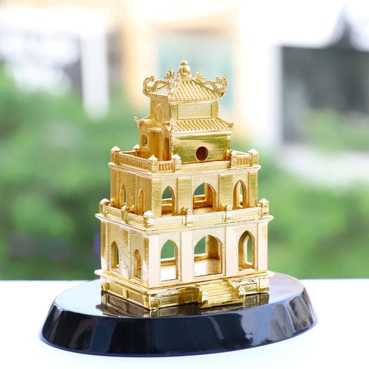 Mô hình Tháp Rùa Hà Nội mạ vàng
