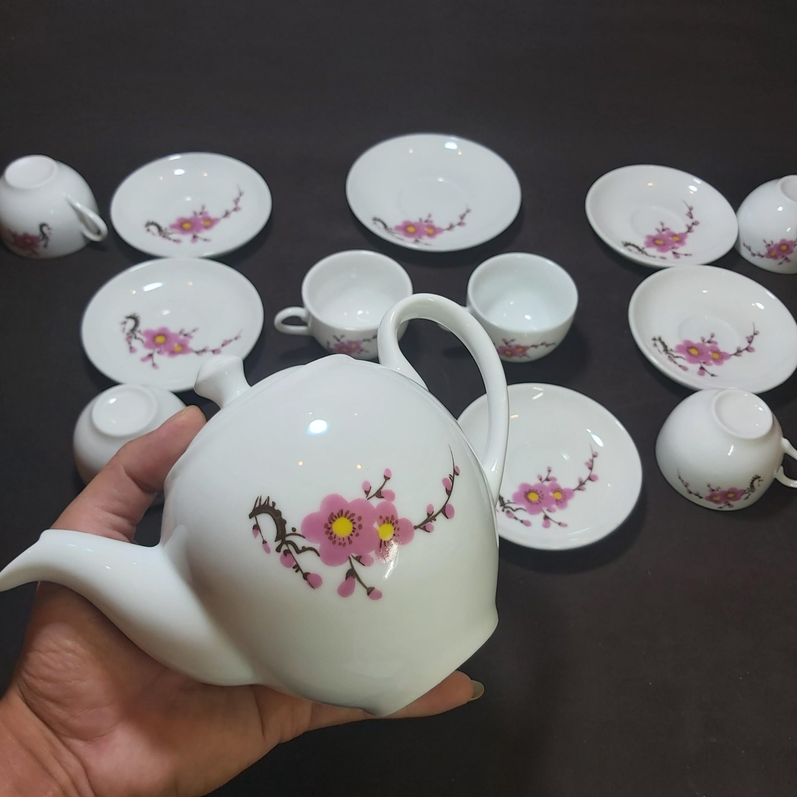 Bộ Ấm Trà Bát Tràng Cao Cấp mẫu TRÒN – Bình trà Họa Tiết HOA ĐÀO cực đẹp – Màu Trắng - lan tỏa không khí tươi mới ngày tết - 1 ấm, 6 ly, 7 dĩa