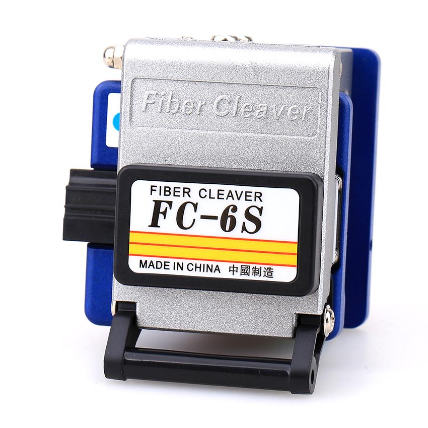 Bộ dụng cụ làm cáp mạng cao cấp gồm: Máy đo công suất quang đa năng HX + Dụng cụ cắt sợi quang FC 6S + Bút soi quang 20km + 2 kìm tuốt quang cao cấp + 1 lọ đựng cồn rửa dụng cụ + Tặng 1 túi đựng bộ dụng cụ siêu gọn