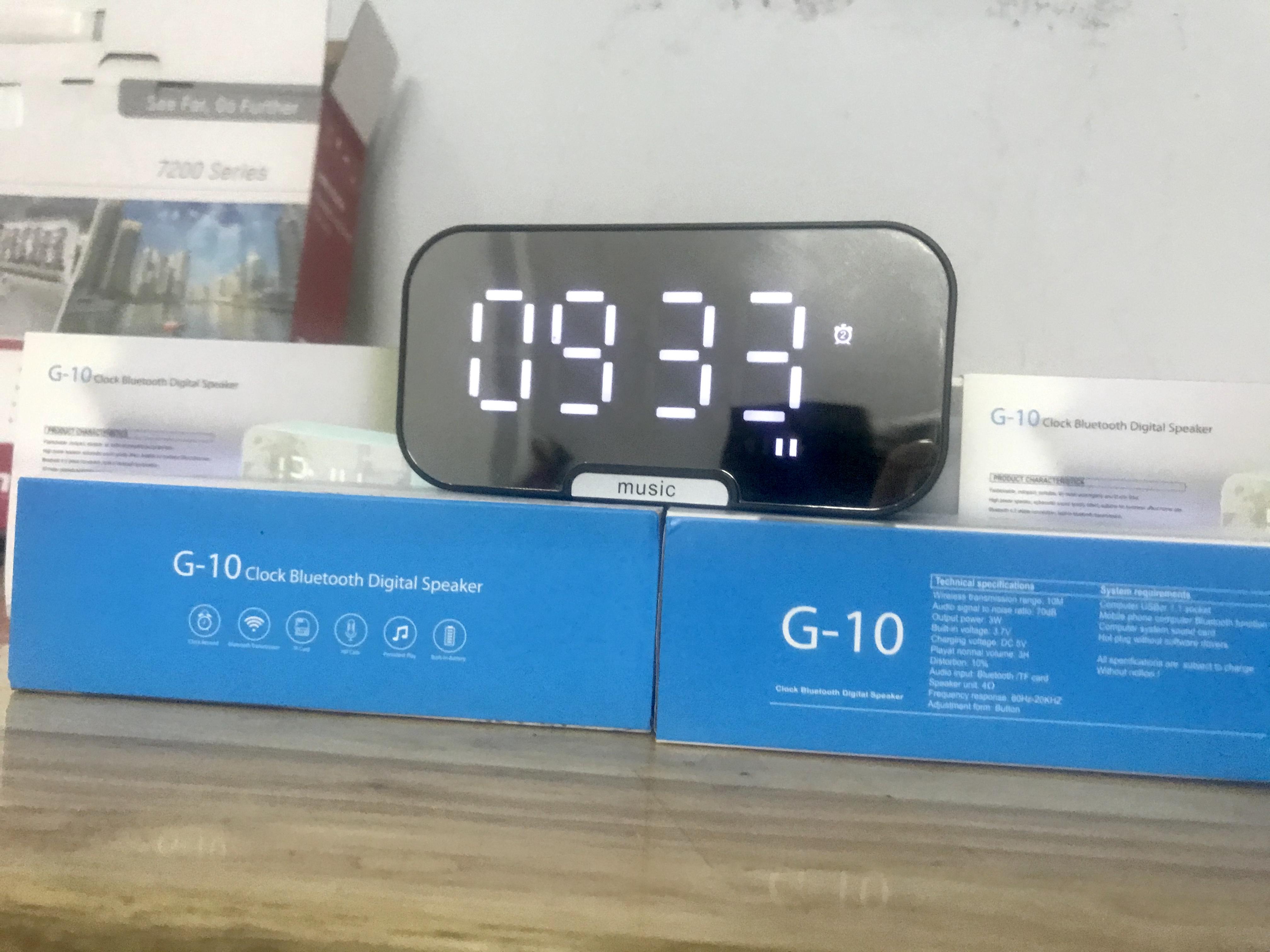 Đồng Hồ Kiêm Loa Bluetooth G10 Mặt Gương Hiển Thị Đèn Led (Có giá đỡ điện thoại)