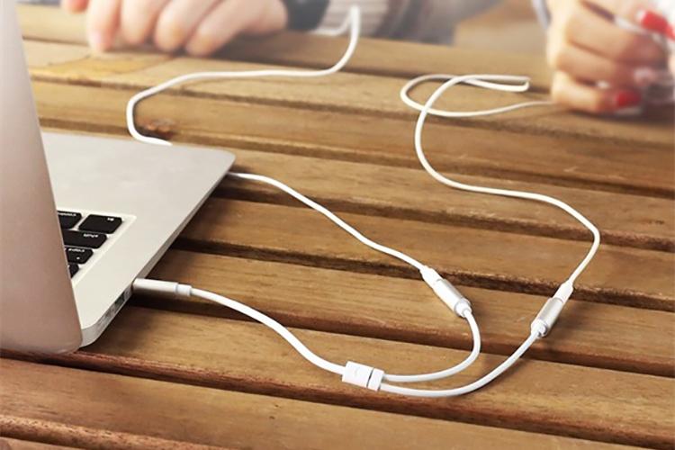 Cáp Chia 2 Cổng Audio 3.5mm Ugreen 10780 (20cm) - Hàng Chính Hãng