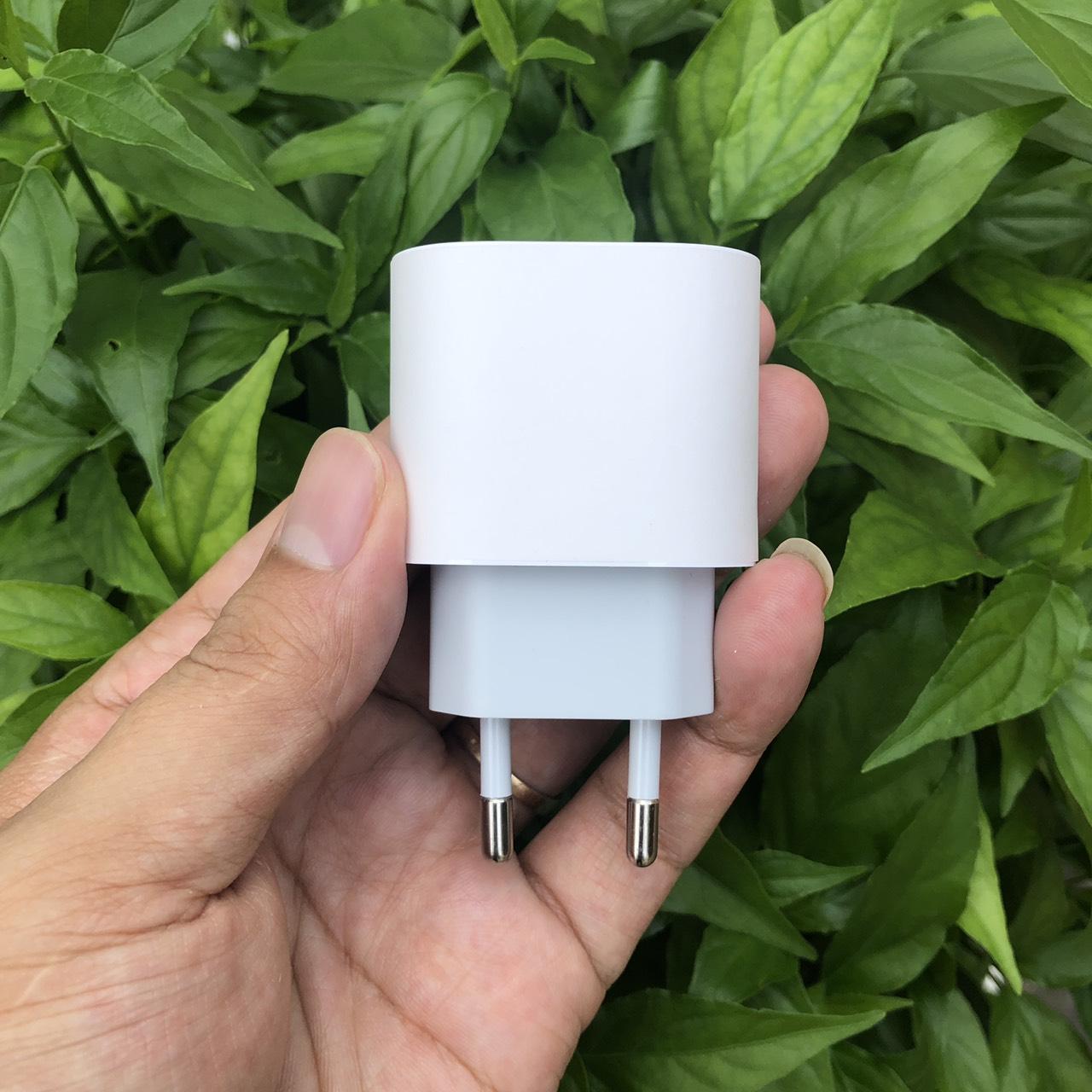 Củ Sạc Nhanh 18W Dành Cho iPhone 11Pro - 11Pro Max - iPhone 12/ 12Max/ 12Pro/ 12Pro Max - Chân Tròn