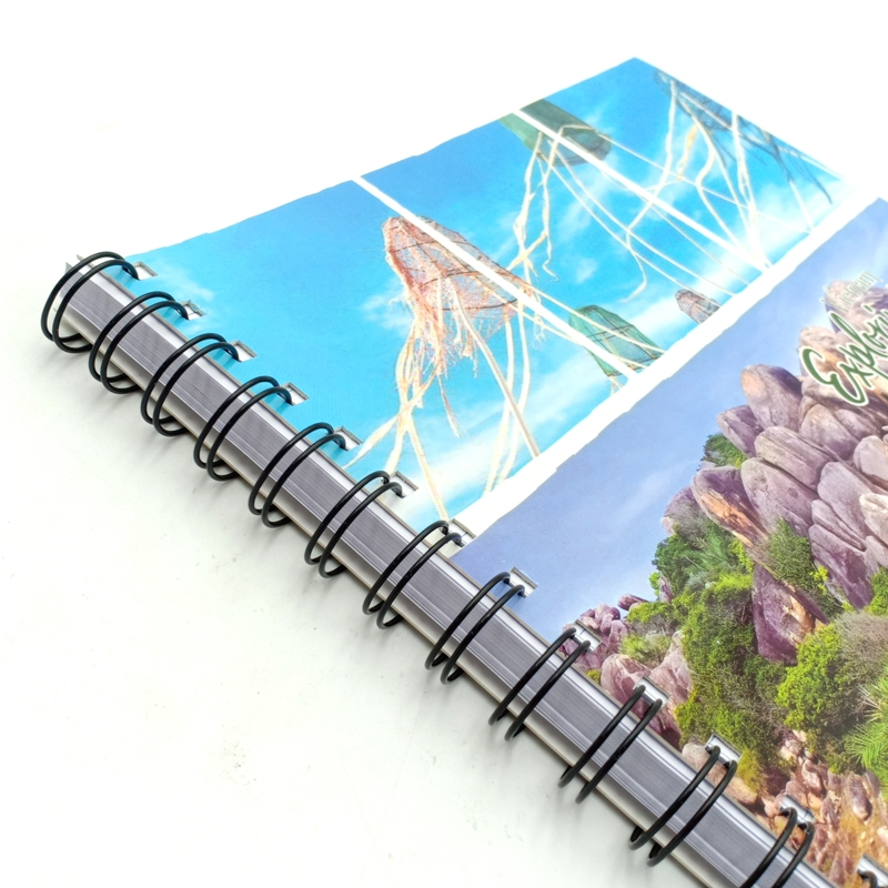 Sổ Lò Xo Notebook A4 - 160 Trang - Hồng Hà 4140 - Mẫu 4 - Exploring Quy Nhơn