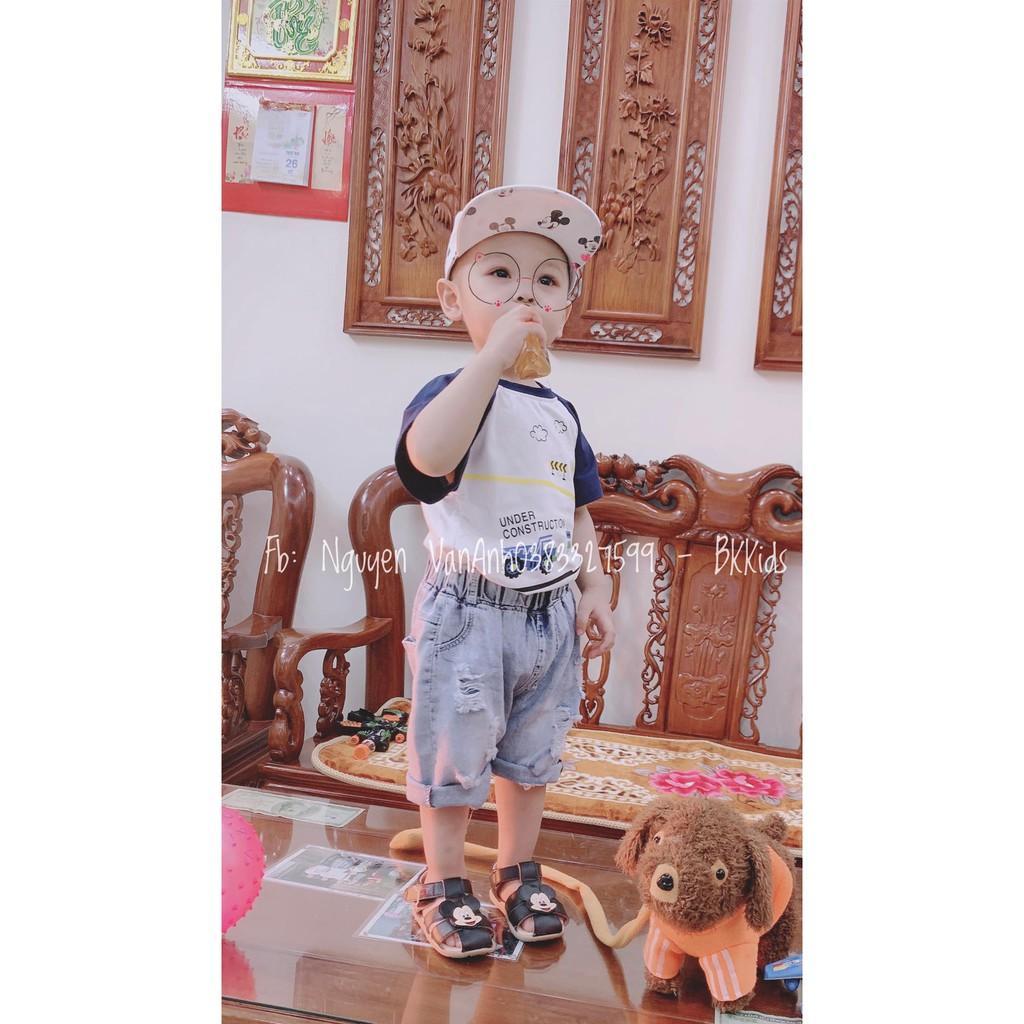 Set quần bò áo phông QC cho bé trai