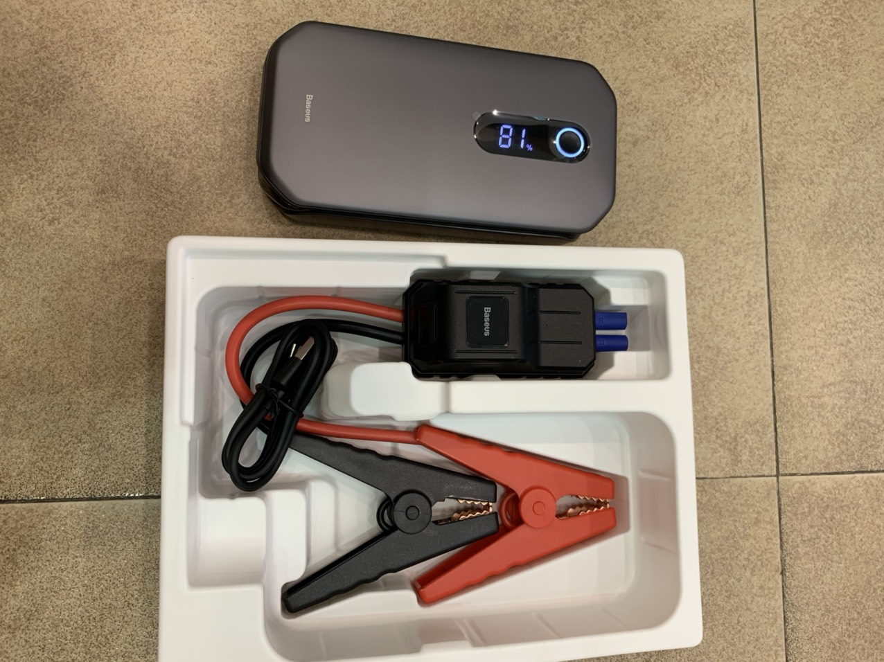 Bộ pin sạc dự phòng kích ắc quy ô tô Baseus Super Energy Car Jump Starter Pro (12000mAh, 5V-3A)Hàng Nhập Khẩu