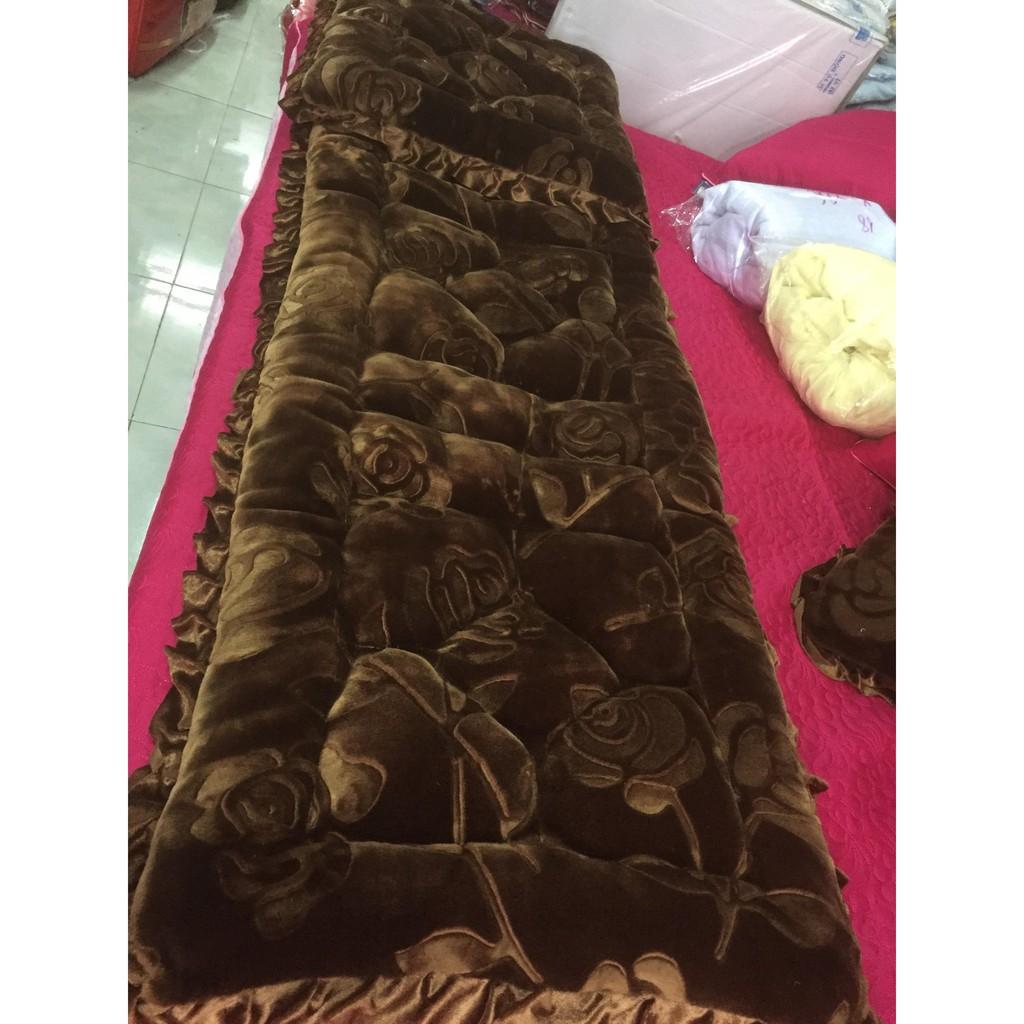 Bộ thảm trải ghế ngồi nhung hoa siêu đẹp kt 1m65x55 cm mầu  vàng bò