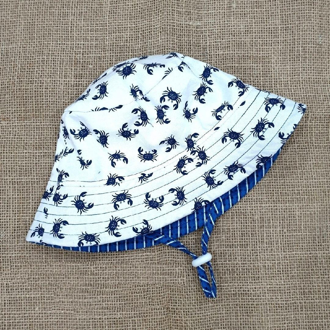 Mũ tai bèo cho bé từ 0 - 12 mẫu cua xanh nền trắng cá tính mũ đội 2 mặt chống nắng, tia UV đi dã ngoại