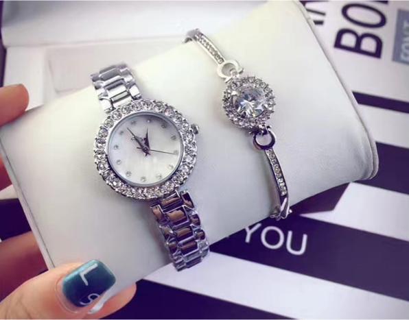 Đồng hồ nữ (cobo đồng hồ, lắc tay ) dh110