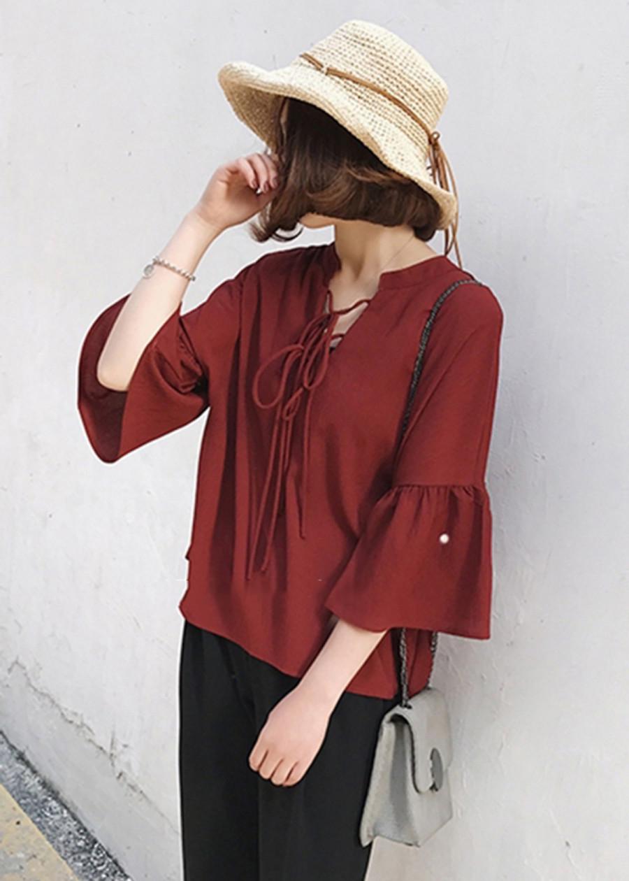 Áo kiểu nữ chất cát tay xòe nhẹ nữ tính dễ phối đồ màu đỏ đô (BO)