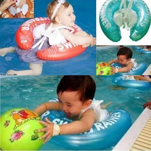 Phao chống lật an toàn cho bé tập bơi
