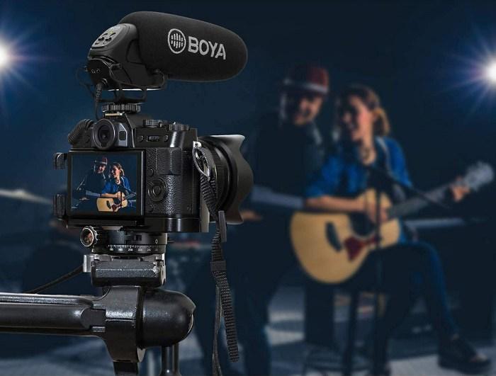 Micro thu âm gắn máy Boya BY-BM3032 hàng chính hãng.